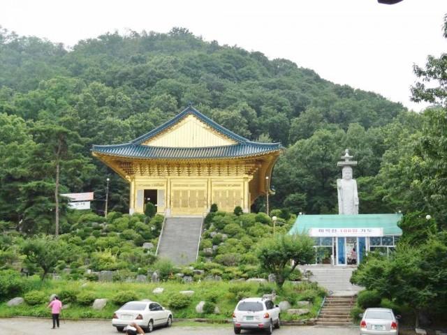 韓国の金ピカお寺