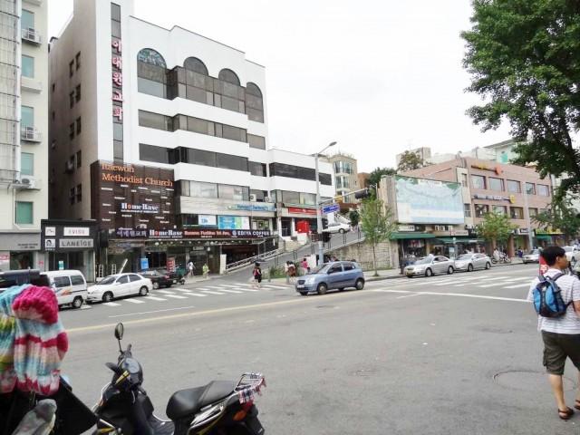 梨泰院(イテウォン) 坂のある道