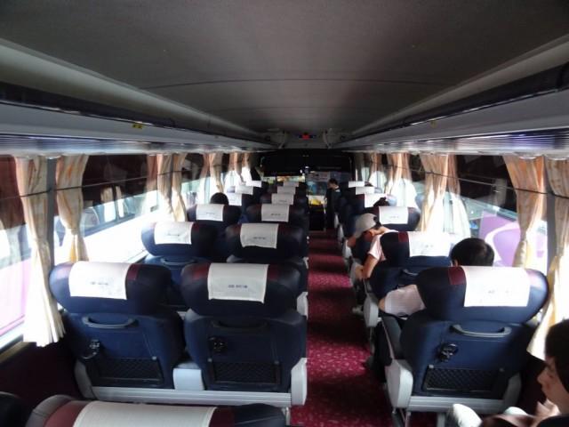 忠清北道 忠州(チュンジュ)広いバス内