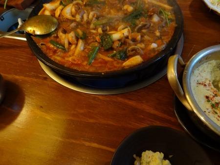 火タコ(ブルラッ)タマゴ鍋