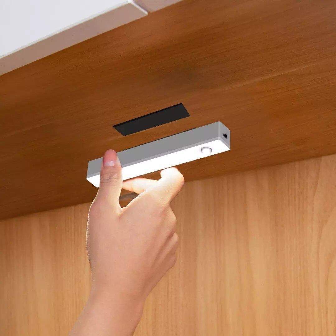 Yeelight Smart Human Body Induction Cabinet Light Dry Battery Light Sensor Closet Lamp LED Punch-free Night Light