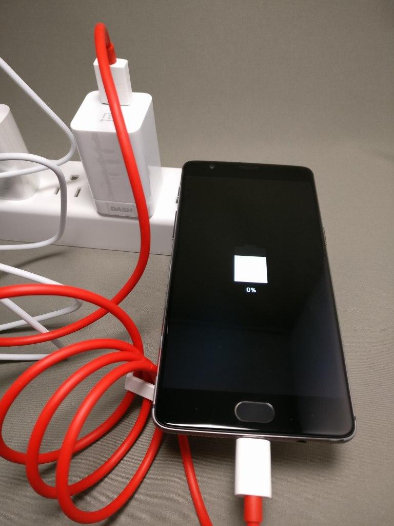 OnePlus 3T 充電開始