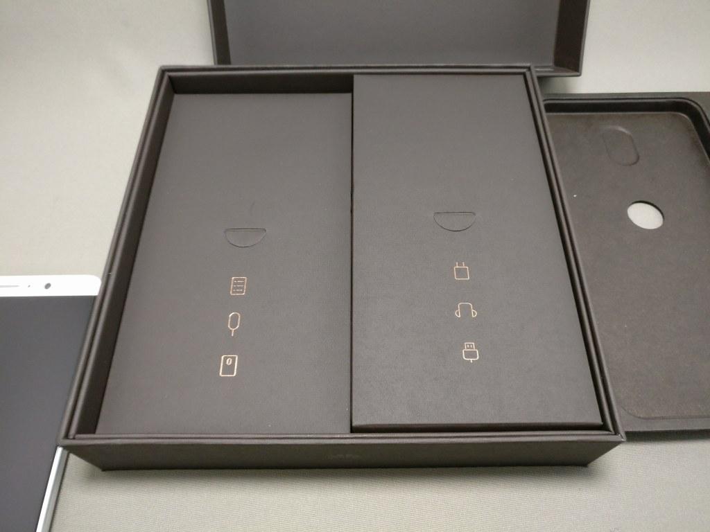 Huawei mate 9 付属品