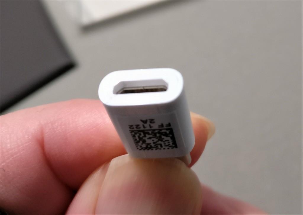 Huawei mate 9 付属品 MicroUSB→USB Type-C変換アダプタ