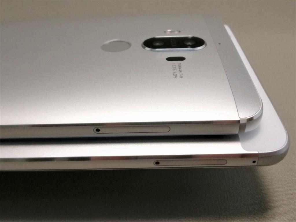 Huawei mate 9 と honor note 8 SIMスロット