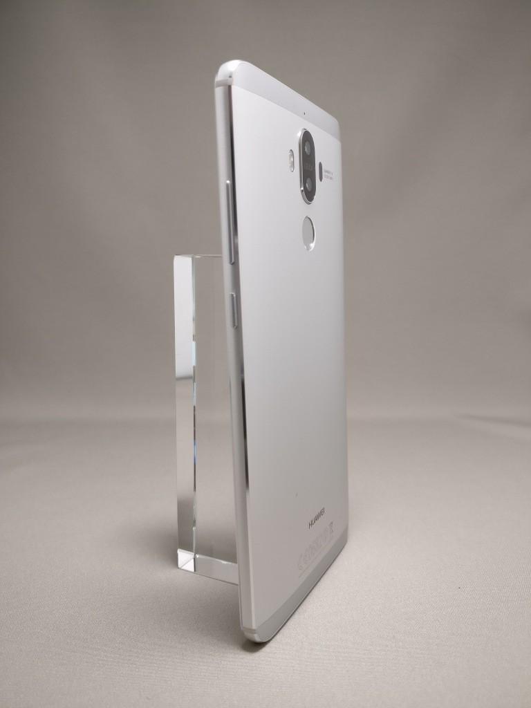 Huawei mate 9 裏面 20度