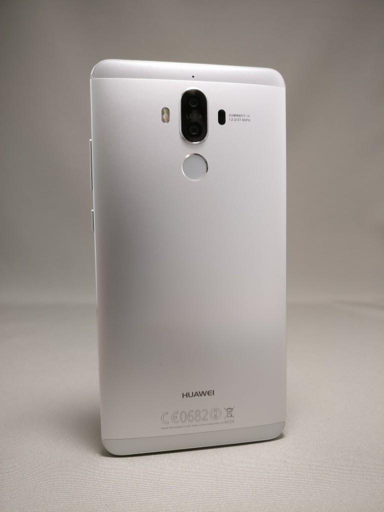 Huawei mate 9 裏面 80度