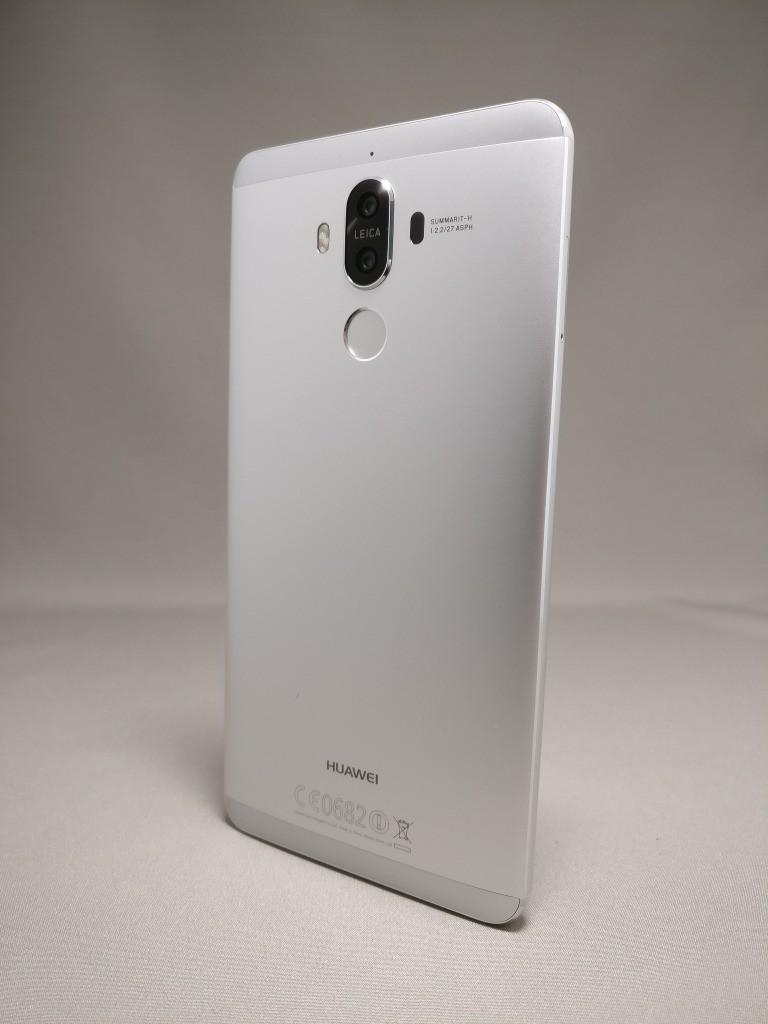 Huawei mate 9 裏面 130度