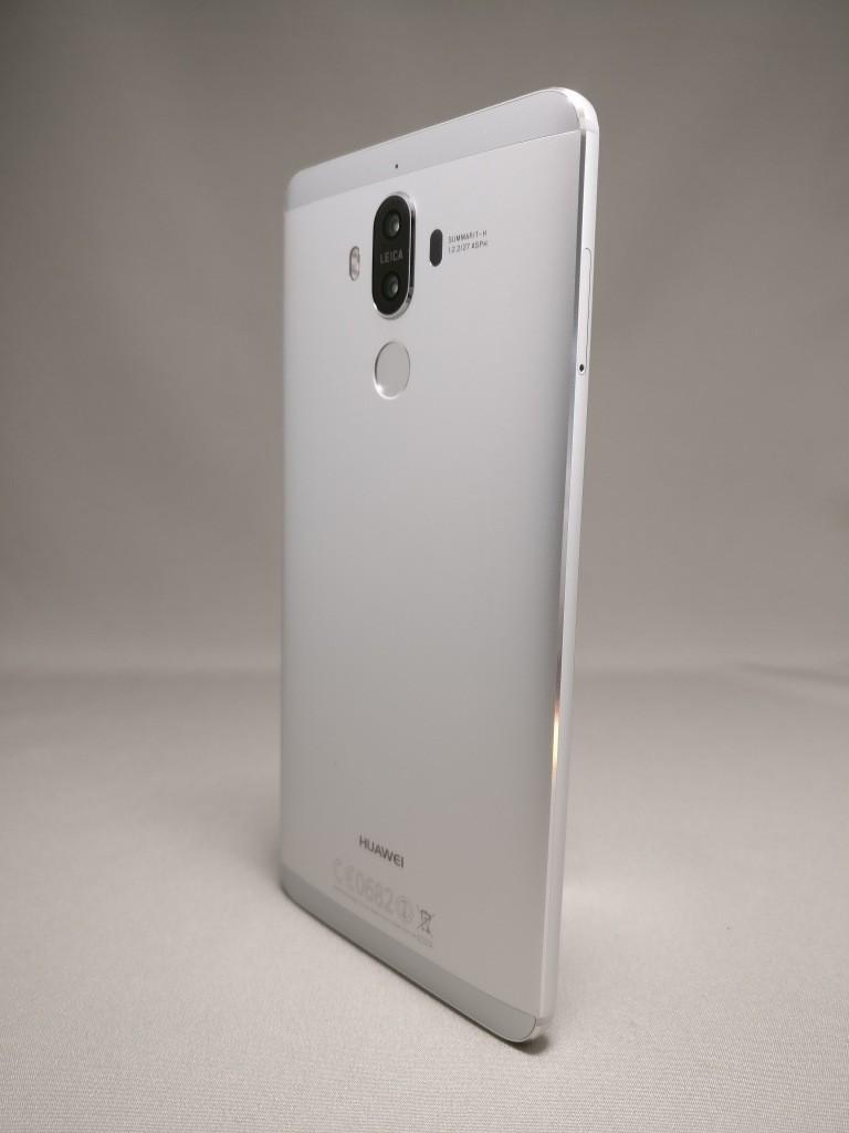 Huawei mate 9 裏面 150度