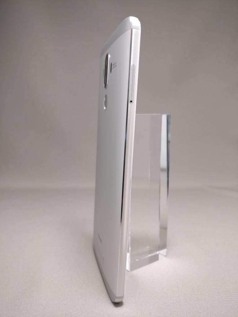 Huawei mate 9 裏面 170度