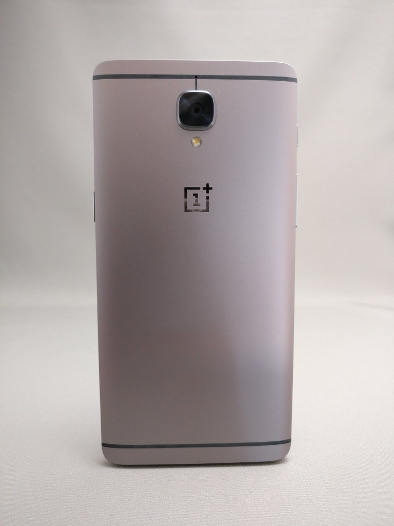 OnePlus 3T 背面 右光