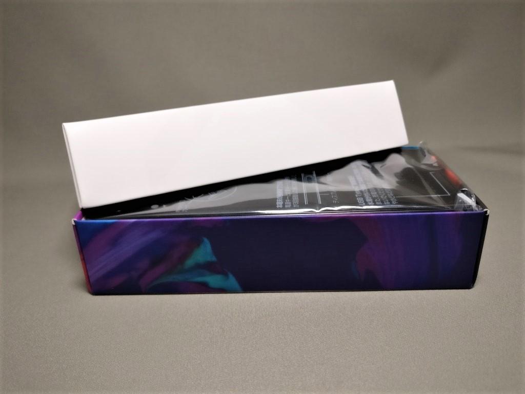 Xperia XZ 化粧箱 側面