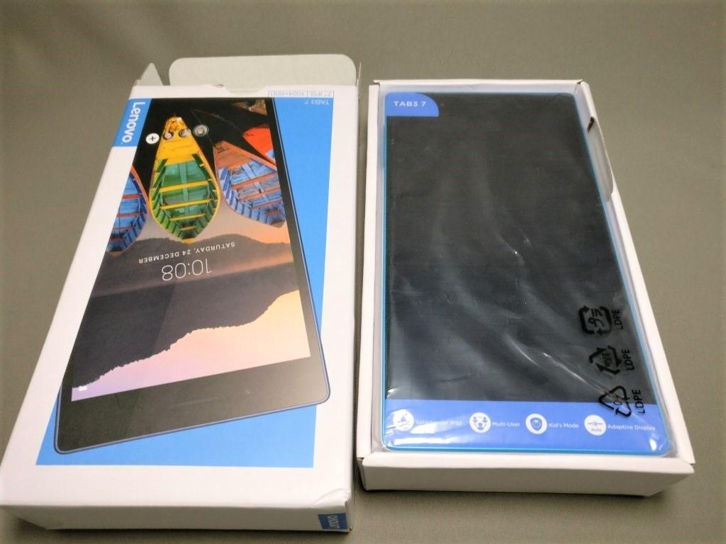Lenovo TAB3 7 化粧箱 本体登場