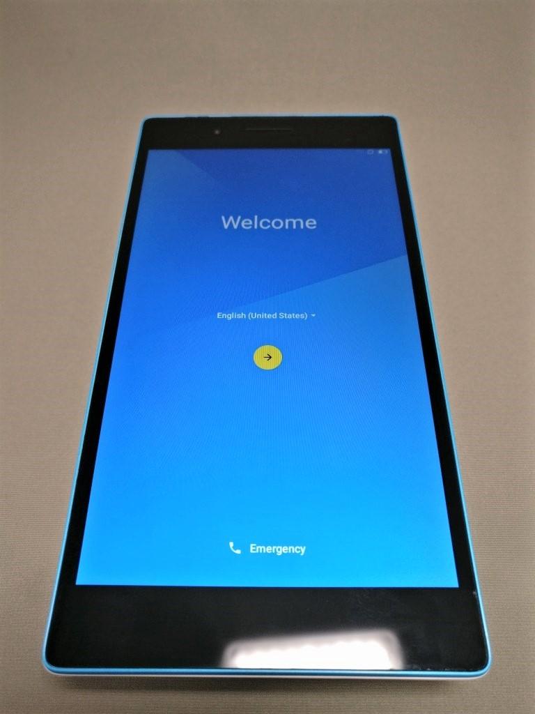 Lenovo TAB3 7(LTE) 起動完了 初期設定開始
