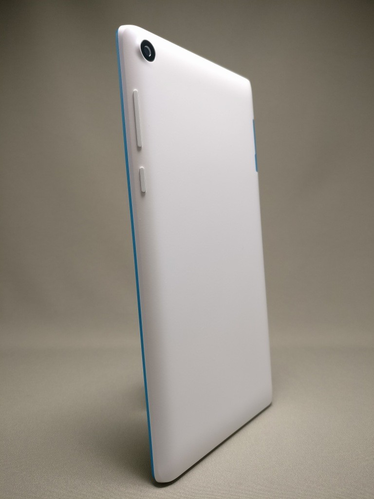 Lenovo TAB3 7 裏面9