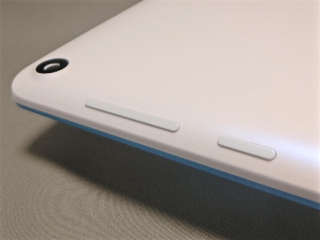 Lenovo TAB3 7 右側のボタン類