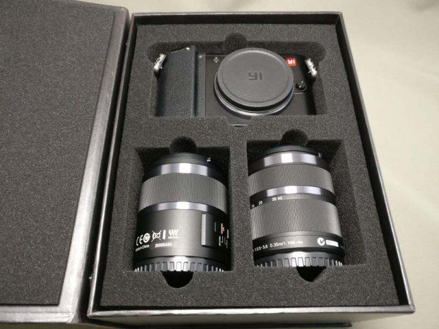 YI M1 WiFi 4K Digital Micro Single Camera  -  DUAL LENS 本体とレンズ2つ
