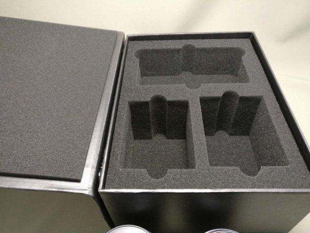 YI M1 WiFi 4K Digital Micro Single Camera  -  DUAL LENS 本体を取った化粧箱