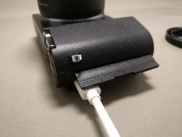 Xiaomi Yi Digital Camera M1 充電  MicroUSB充電
