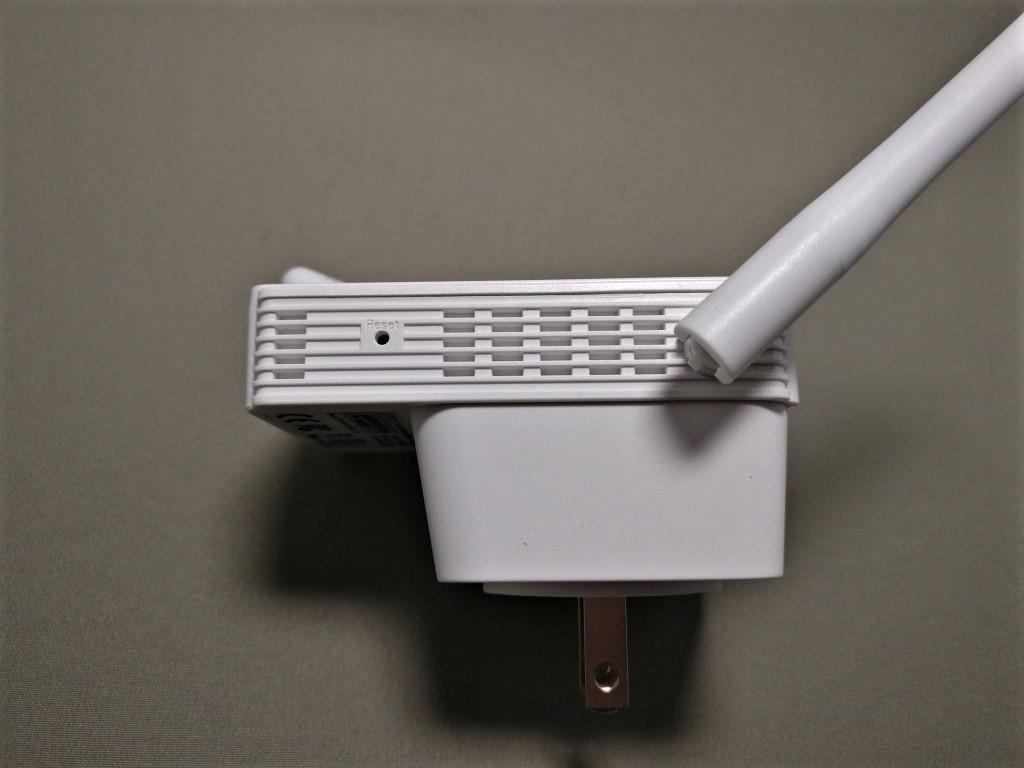 dodocool N300 Wifiルーター・中継器・APモード 3役 11g/b/n対応 300Mbps コンセント直挿し 側面右 リセットボタン