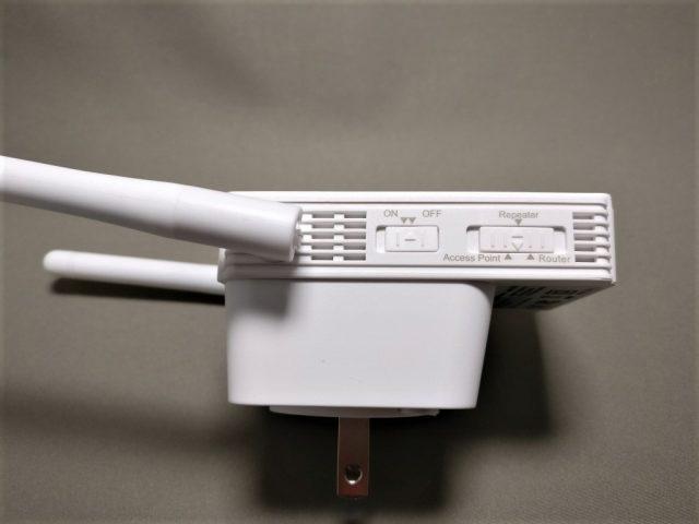 dodocool N300 Wifiルーター・中継器・APモード 3役 11g/b/n対応 300Mbps コンセント直挿し 側面右 スイッチ