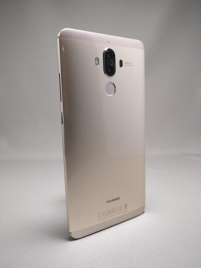 Huawei Mate 9 ゴールド 外観 裏面 4
