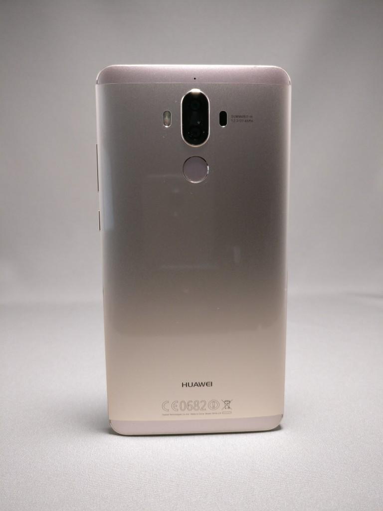 Huawei Mate 9 ゴールド 外観 裏面 6