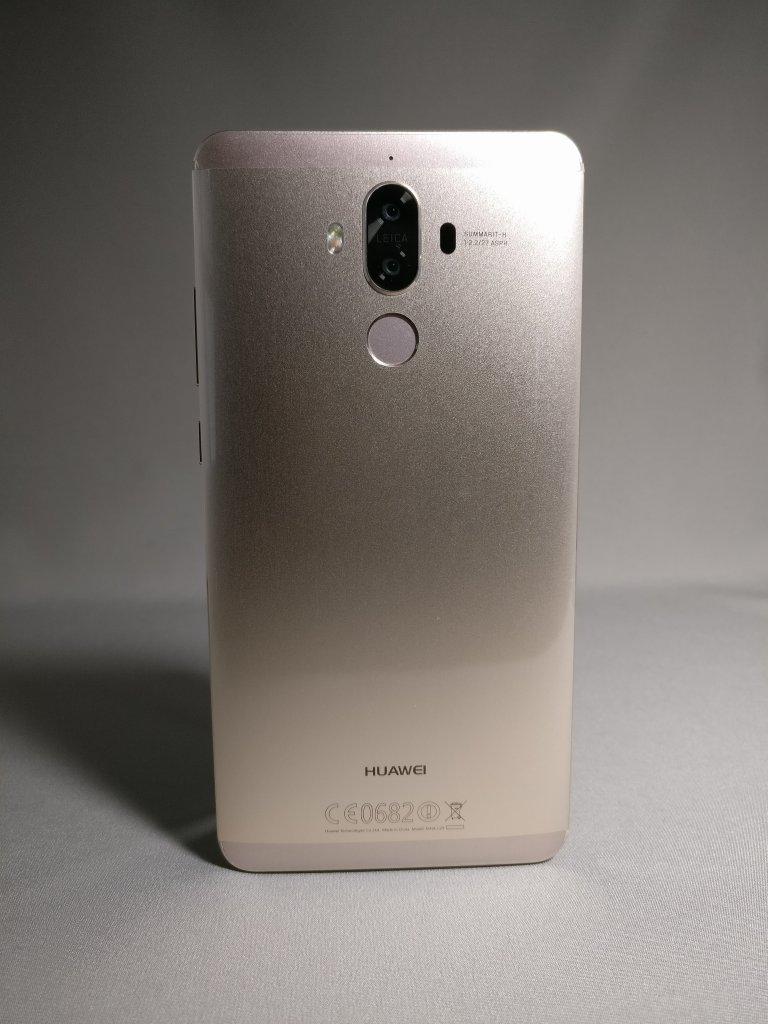 Huawei Mate 9 ゴールド 外観 裏面 正面 5