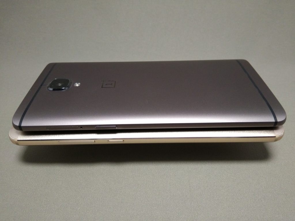 OnePlus 3TとHuawei Mate9 側面左