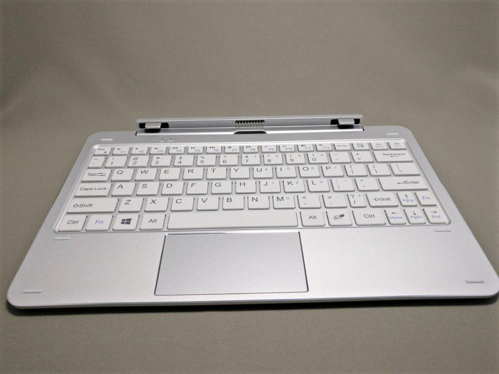 CUBE MIX Plus キーボード 正面