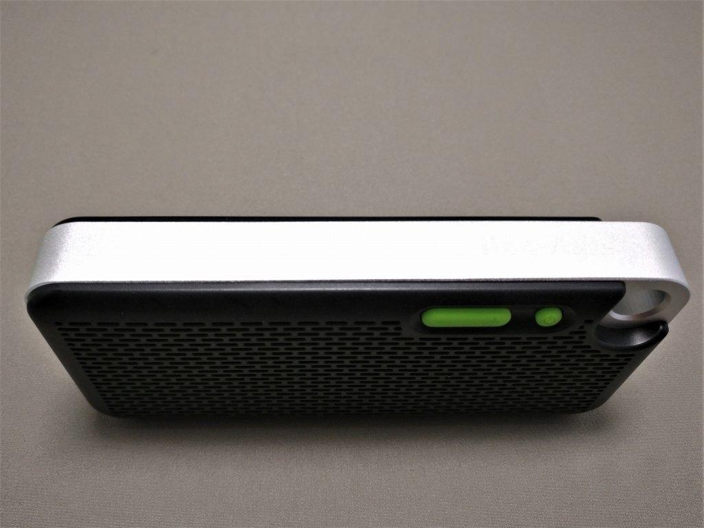 iina-style Bluetooth4.1スピーカー IS-BTSP03U 上