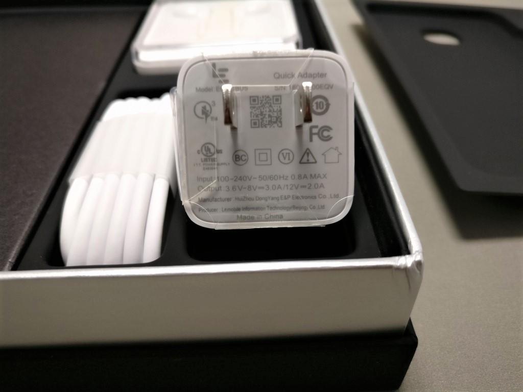 LeTV LeEco Le Max 2 X829 付属品 USBアダプタ