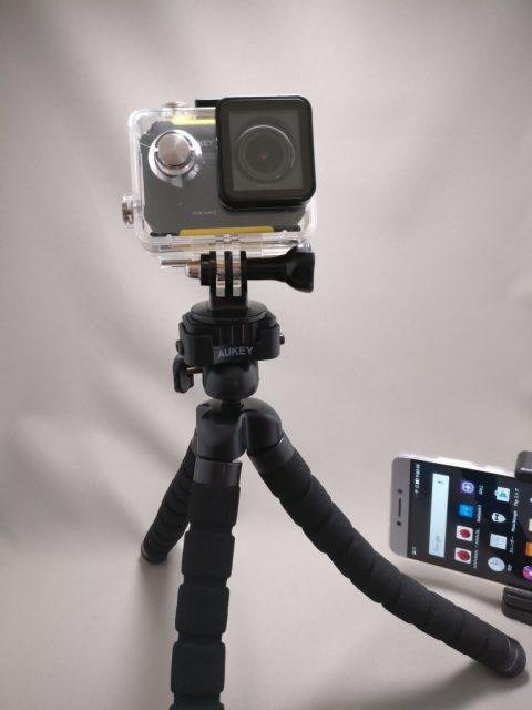 AUKEY スマートフォンホルダー+三脚 CP-T03 アクションカメラ装着 立てる