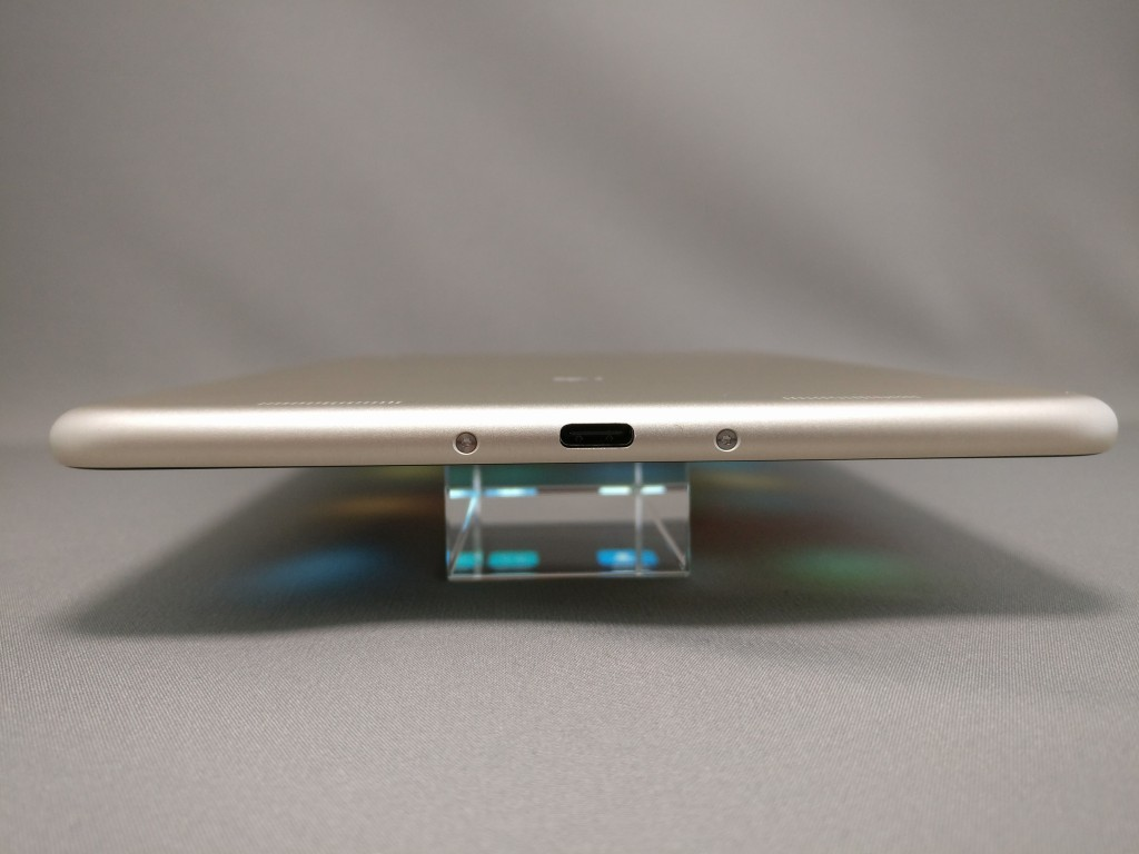 Xiaomi Mi Pad 3 側面下