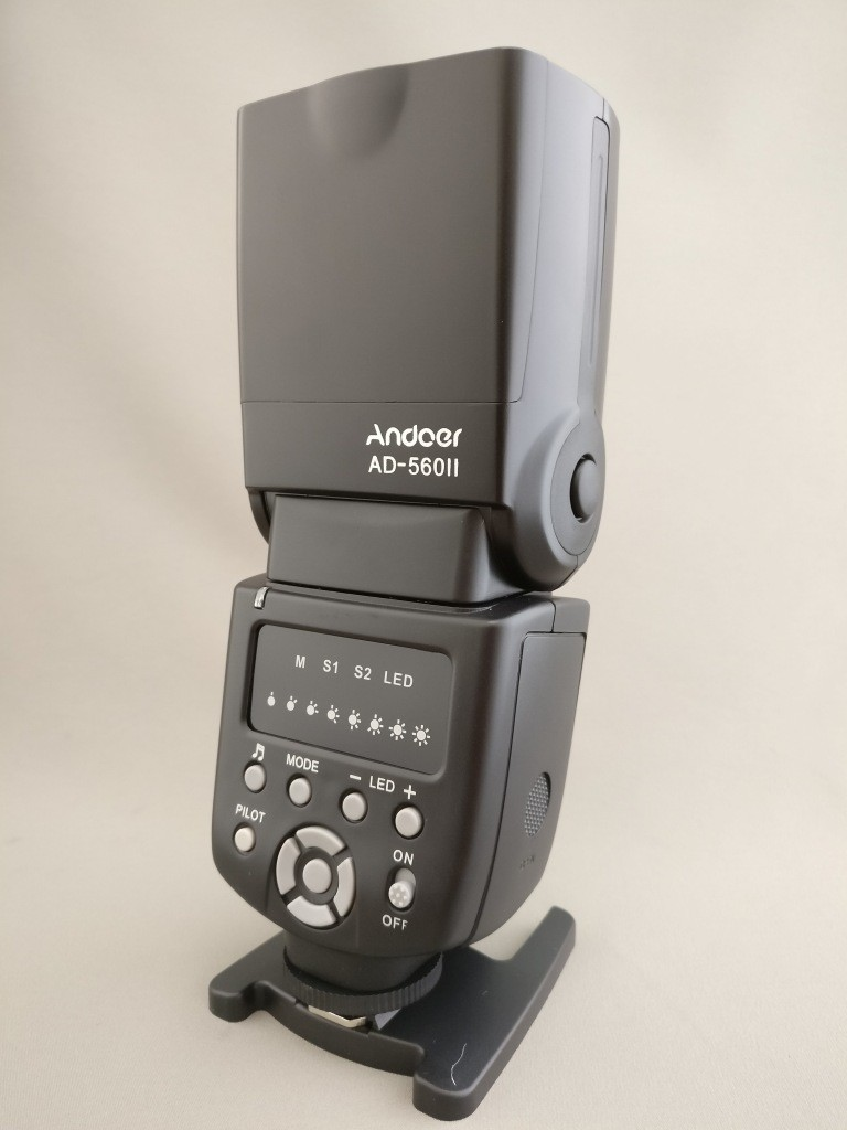 Andoer AD-560Ⅱ 汎用 スピードライト 裏左