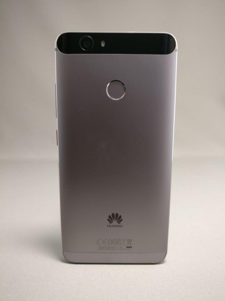 Huawei Nova 裏 正面 4