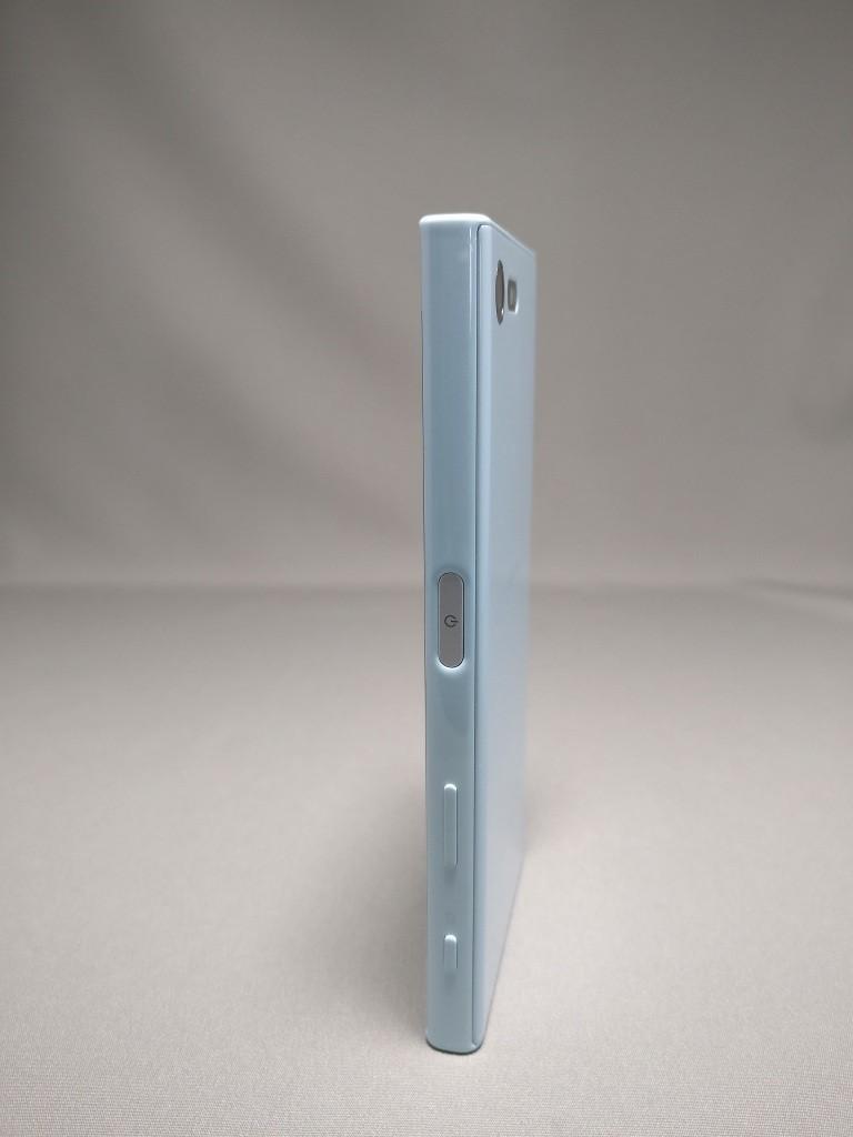 Xperia X Compact 裏面 1