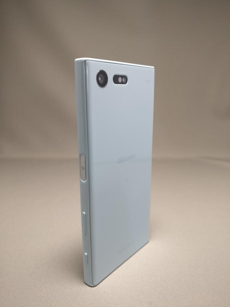 Xperia X Compact 裏面 3