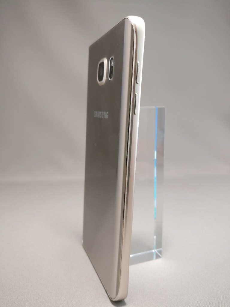 Galaxy Note 5 裏面 2