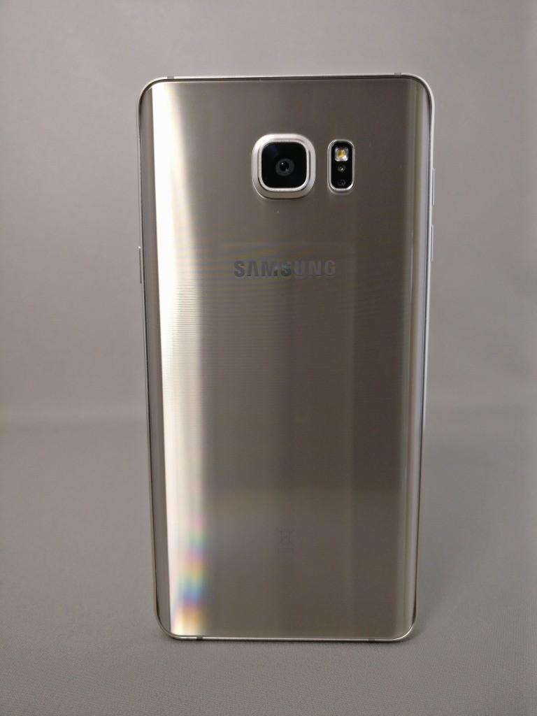 Galaxy Note 5 裏 1