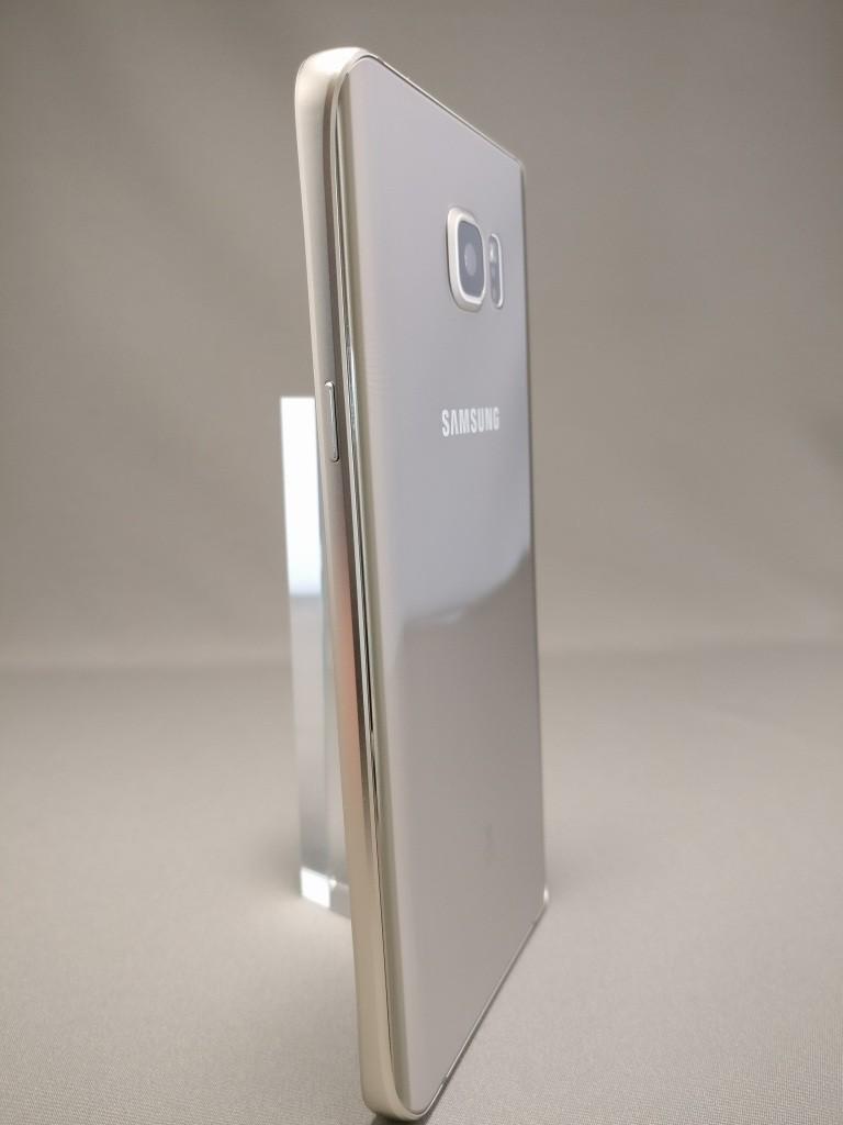 Galaxy Note 5 裏面 12