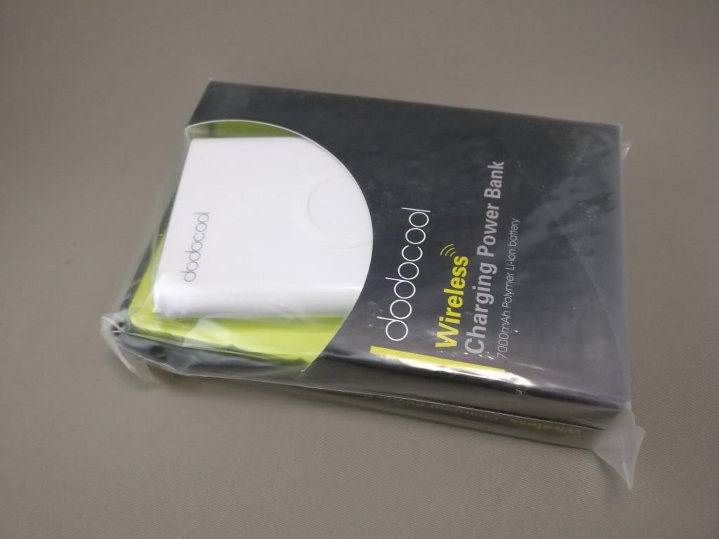 dodocool Qi モバイルバッテリー 開封 化粧箱
