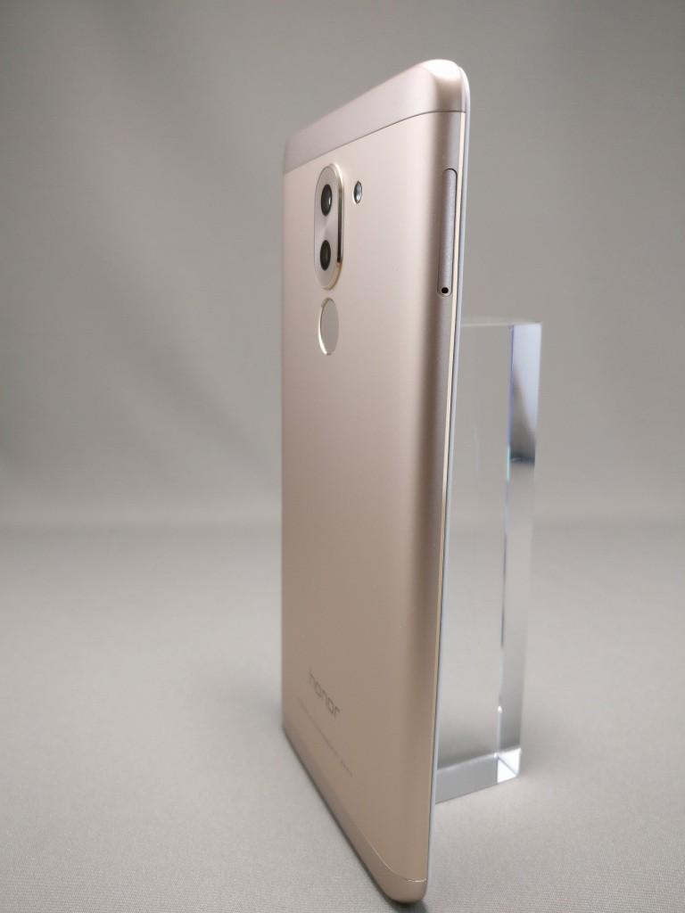 Huawei Honor 6X 裏面 2
