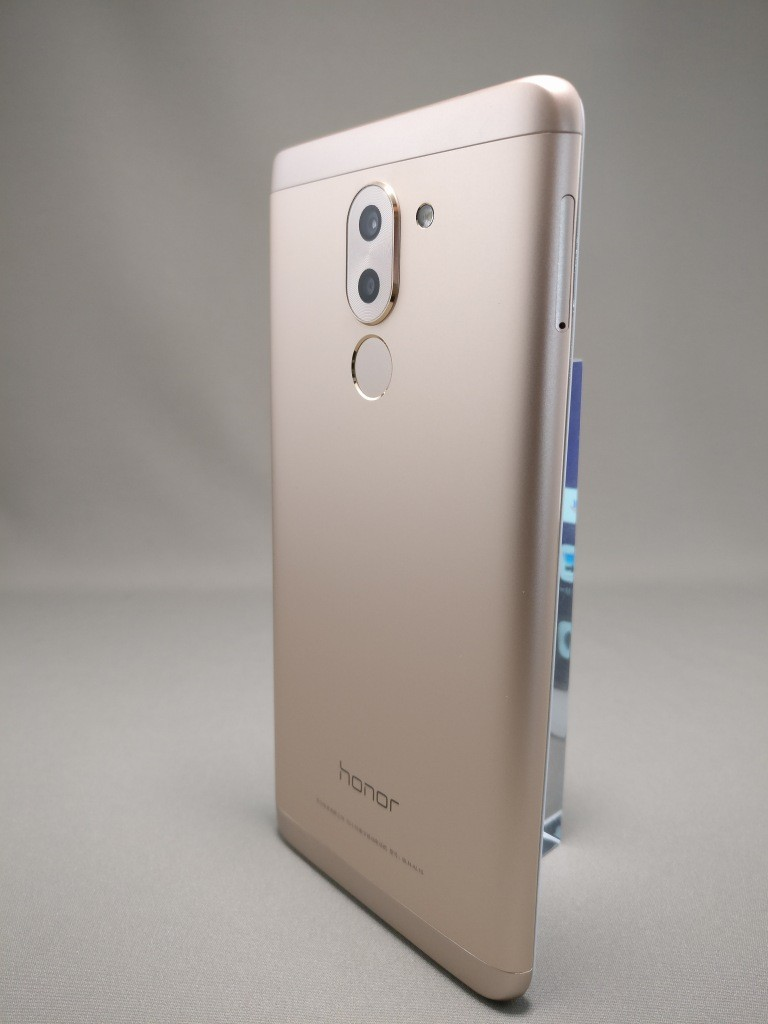 Huawei Honor 6X 裏面 3