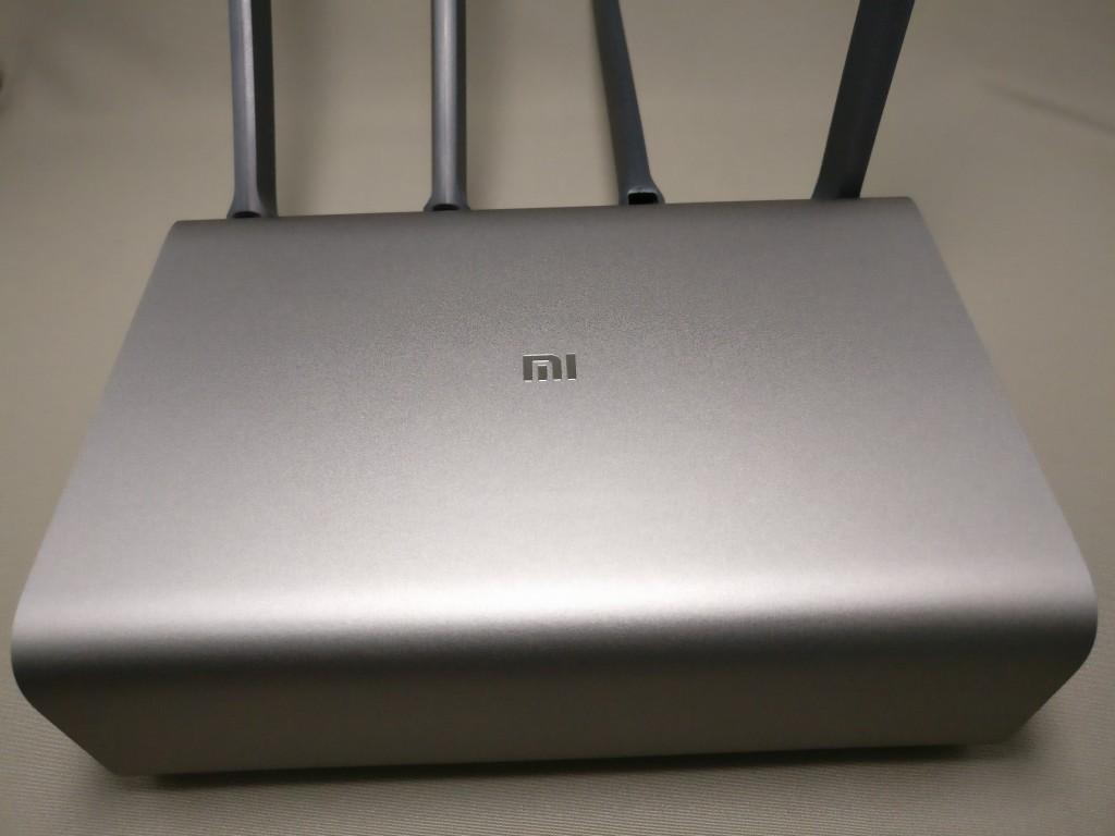 Xiaomi Mi R3P Wifiルーター Pro 表