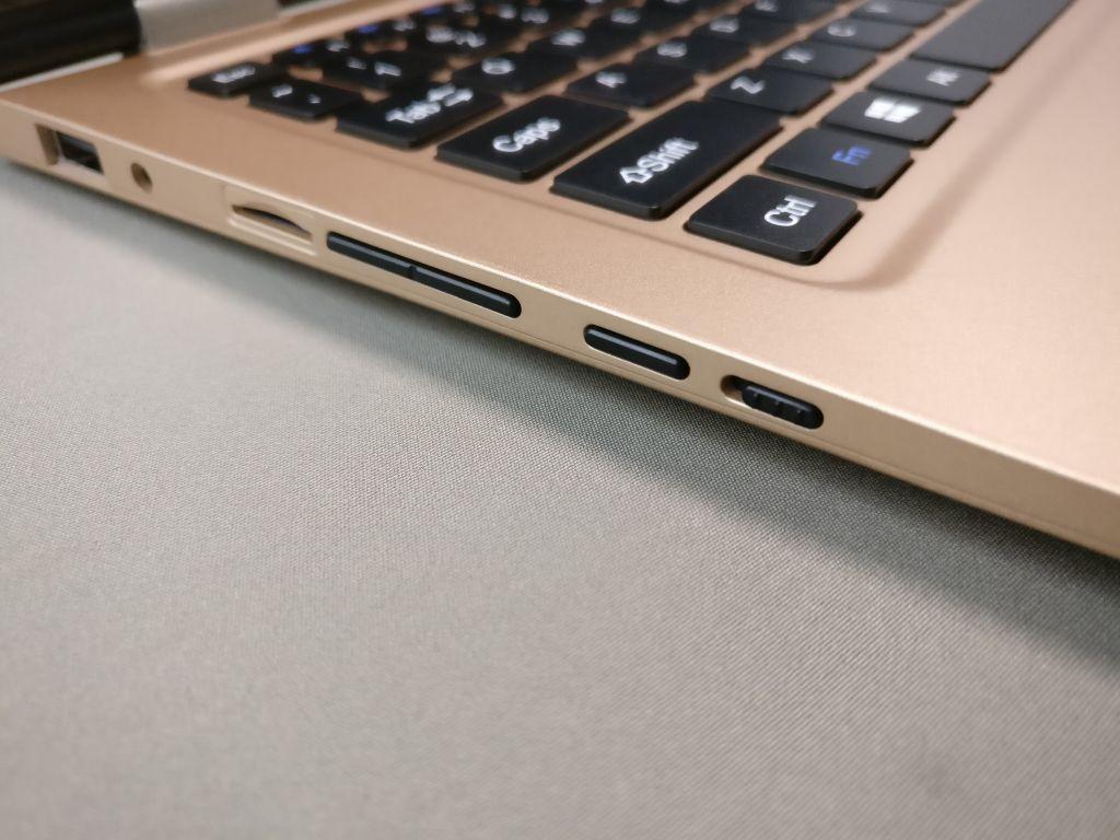 VOYO Vbook V2  左側ボタン
