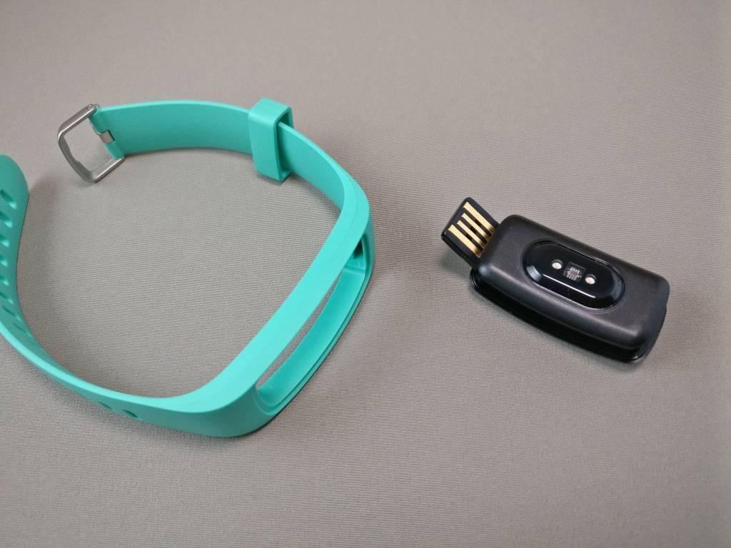 Makibes ID107 Plus スマート ブレスレット バンドから取る 標準USB