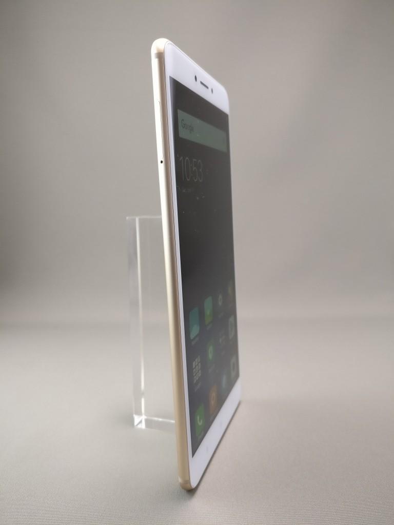 Xiaomi Mi Max 2 表面 2