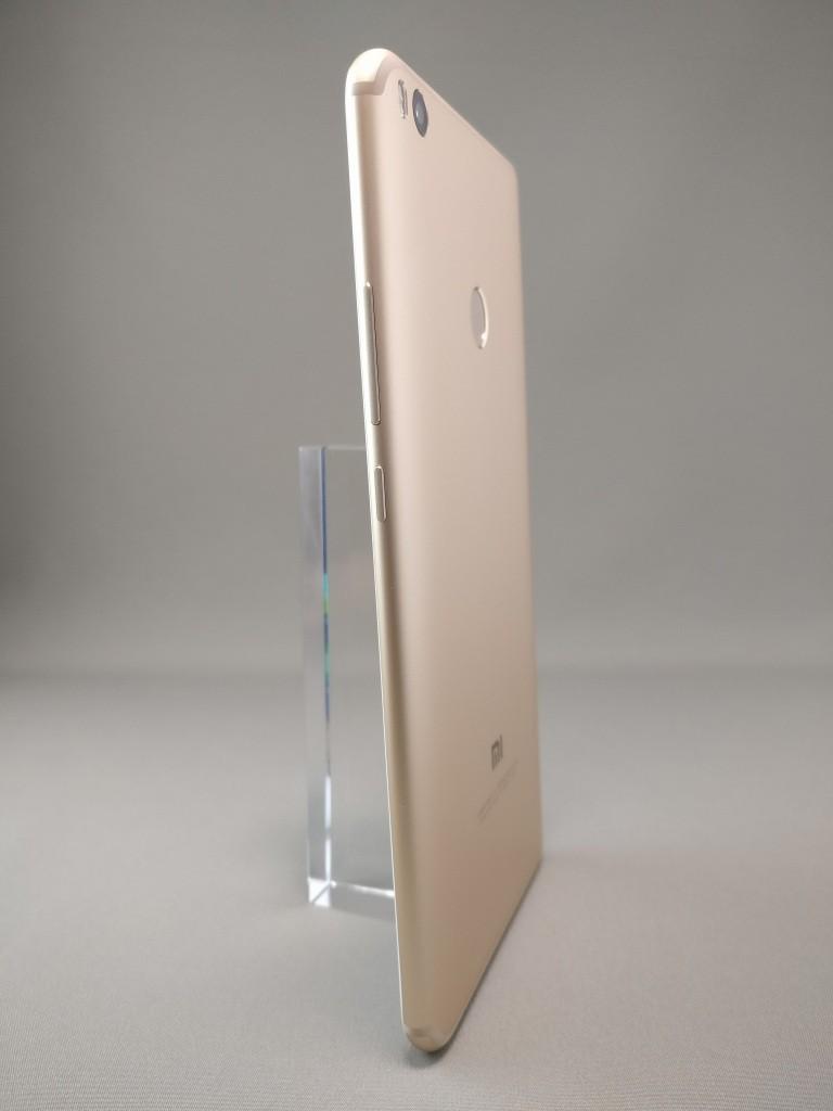 Xiaomi Mi Max 2 裏面 2