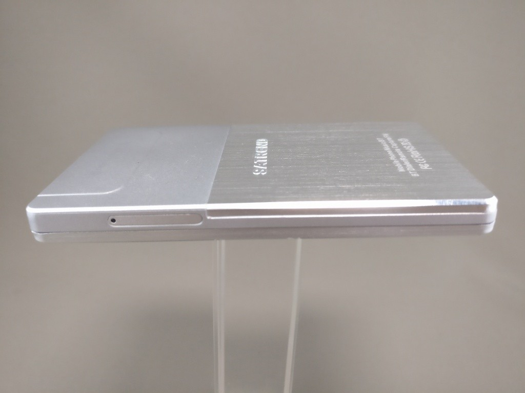 SATREND A10 GSM ミニカードフォン 側面 右